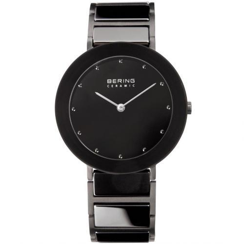 Uhr schwarz aus Edelstahl von Bering